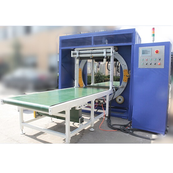 STRETCH WRAPPING MACHINE